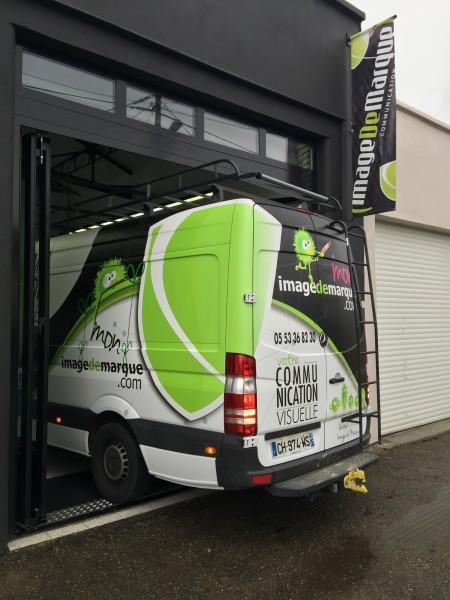 Total covering sur véhicule utilitaire à Villeneuve-sur-Lot